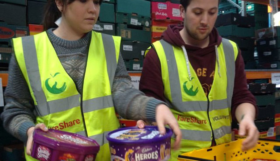 Last week, four Paper Round volunteers headed over to a FareShare depot to help out. They spent their time sorting donations into different categories so food could be delivered to people in need.
