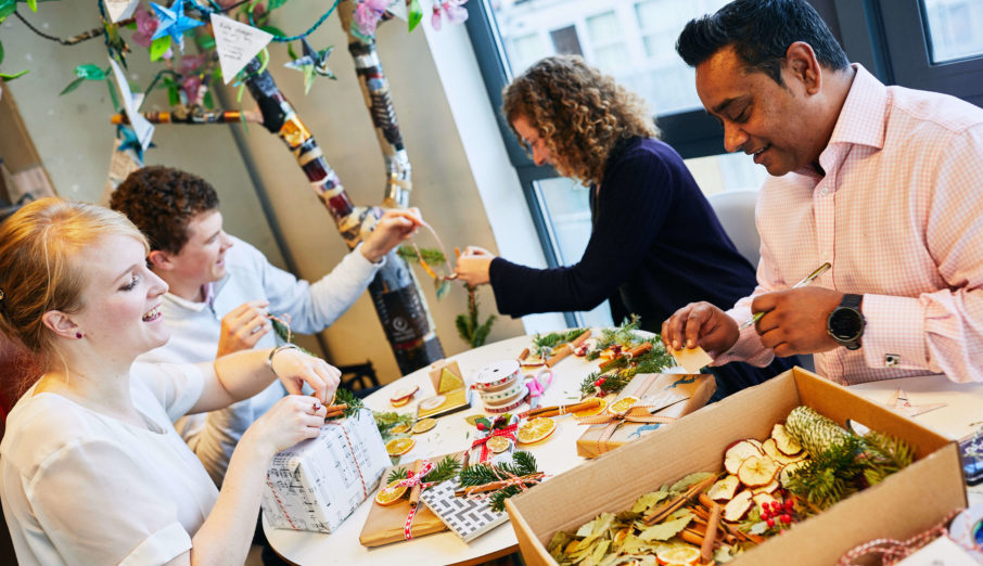 Don't let your sustainability credentials slip up this year, follow our 5 top tips to have yourself a Green Christmas.