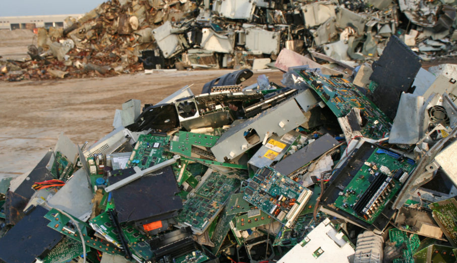 What toxins are present in e-waste and how do they affect the human body?